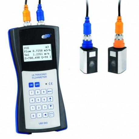 Caudalímetro ultrasónico UMI 840 portátil de aplicação exterior à conduta Dostmann 5020-0840